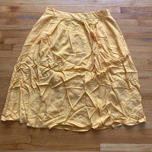 Forever 21 Yellow Skirt with pockets Size Medium
